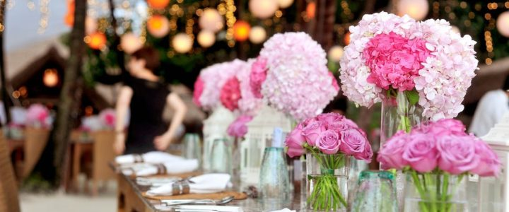 Ideas for memorable wedding table centrepieces