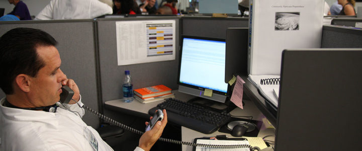 4 Heart Health Tips for Office Workers Constantly On-the-Go