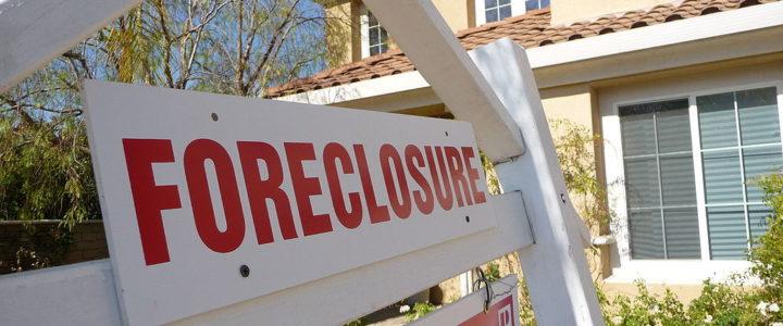 Avoiding a Foreclosure Through Forbearance – Pros and Cons