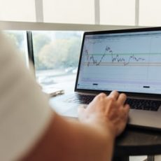 Five Great Advantages for Investing In the Stock Market