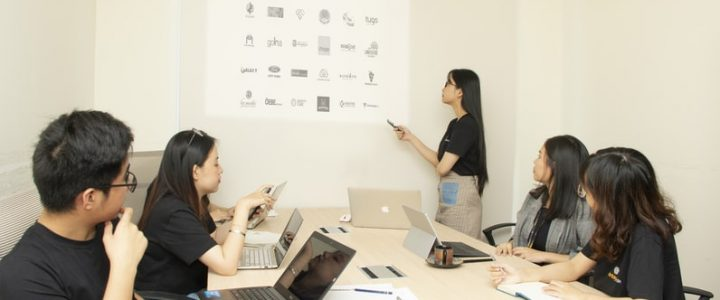 6 Steps to Creating an Effective Employee Training Program